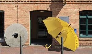 Muehlentür mit Schirm